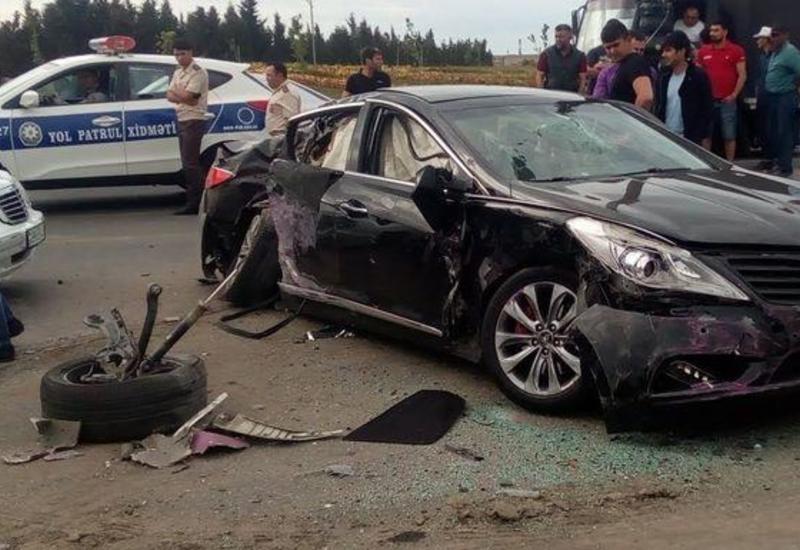 Цепная авария на въезде в Сумгайыт, есть пострадавшие