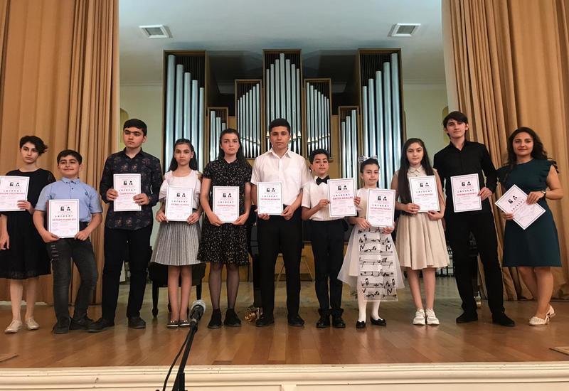 Названы финалисты фестиваля юных музыкантов, посвященного юбилеям Солтана и Исмаила Гаджибековых