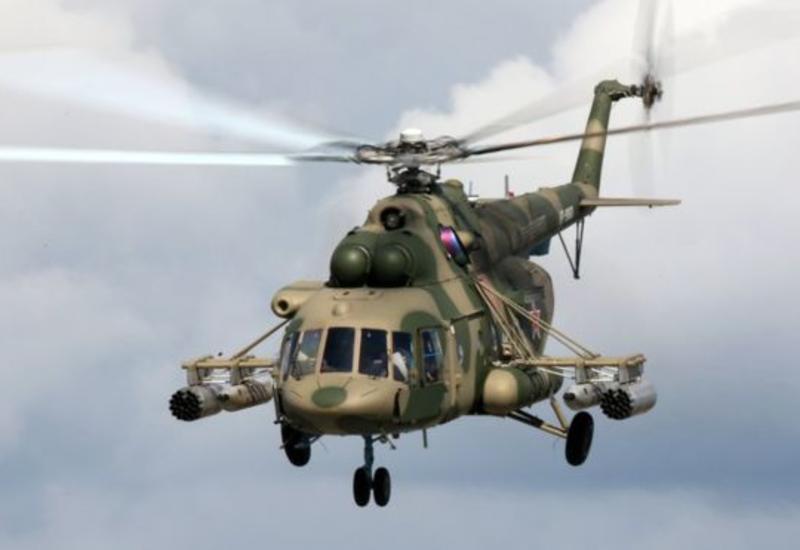Вертолет едва не раздавил россиян на пляже