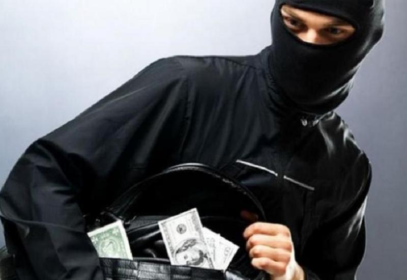 Дерзкое ограбление в торговом центре в Баку: похищены десятки тысяч