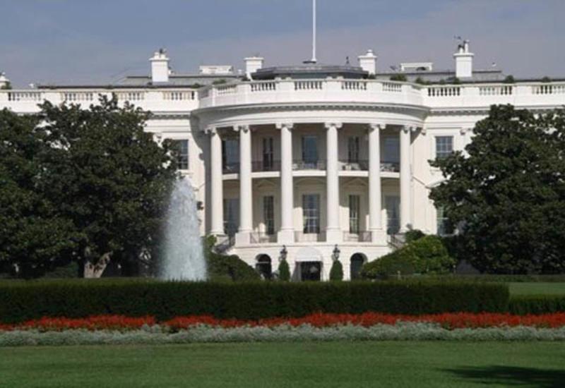 Белый дом заявил, что США отчаянно нуждаются в иммигрантах