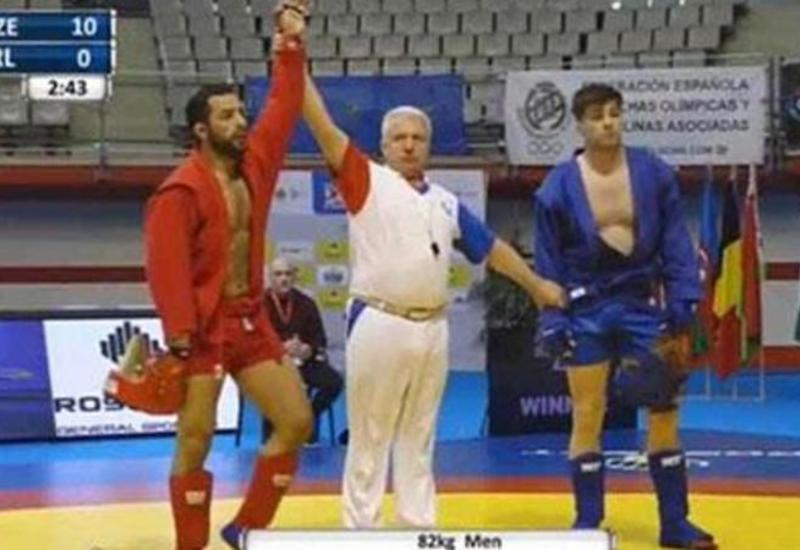 Азербайджанский самбист победил армянина
