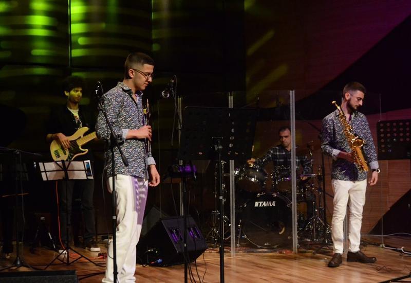 В Центре мугама молодые музыканты исполнили джаз