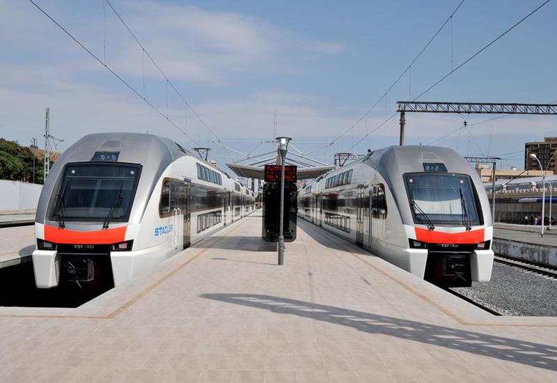 В Азербайджане в эти дни поезда будут ходить бесплатно