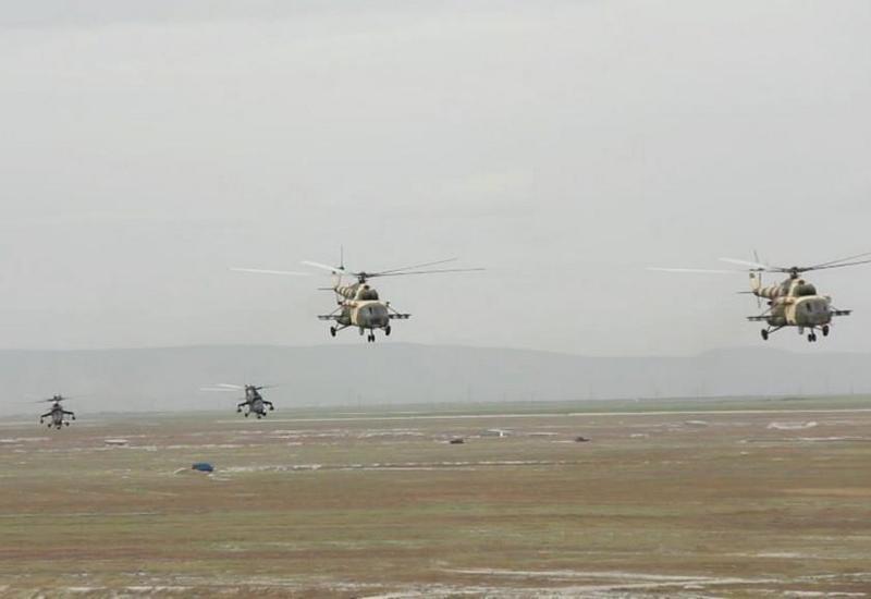 Невероятные трюки азербайджанских вертолетов на учениях в Турции