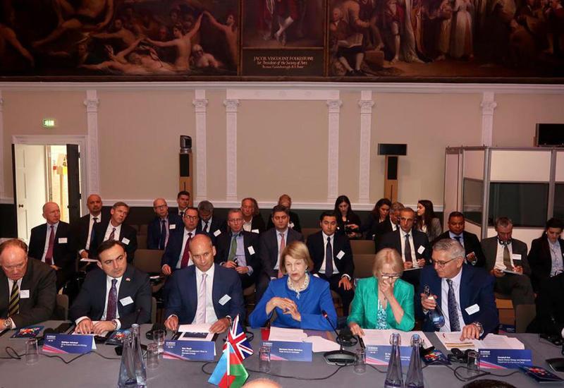 В Лондоне прошел энергетический форум Азербайджан-Великобритания