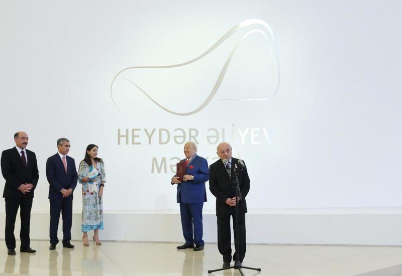 Вице-президент Фонда Гейдара Алиева Лейла Алиева приняла участие в церемонии открытия выставки всемирно известного художника Зураба Церетели