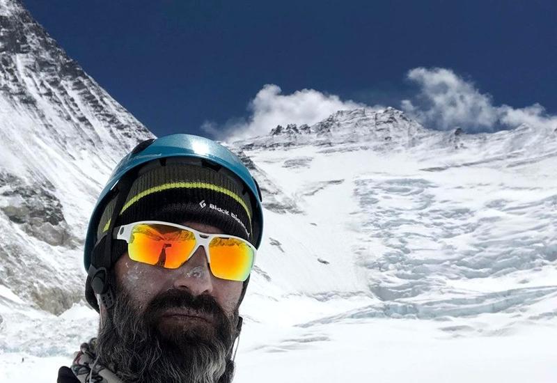 Азербайджанец покорил одну из высочайших вершин мира