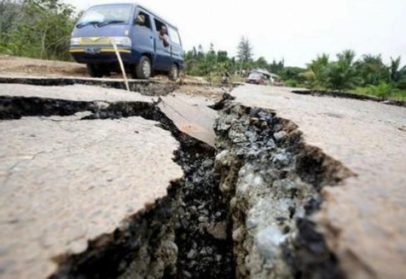 Сильное землетрясение в Дагестане попало на камеры