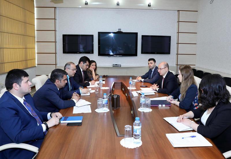В Баку обсудили важность обязательного медицинского страхования