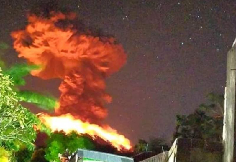 Извержение вулкана произошло на курортном острове Бали