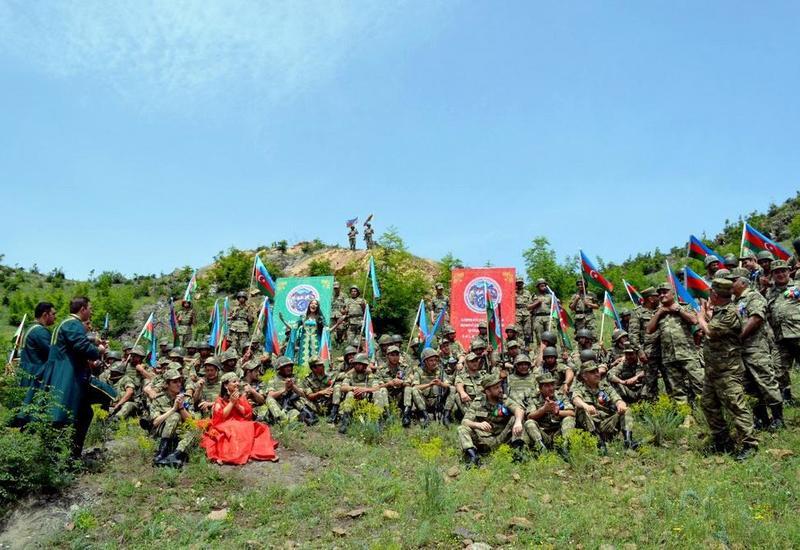 UNEC провел акцию по моральной поддержке азербайджанской армии