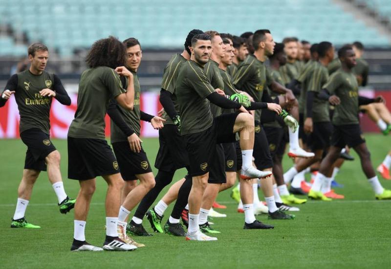 """Тренировка """"Арсенала"""" на бакинском стадионе"""