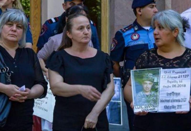 Солдатские матери предъявили счет Пашиняну