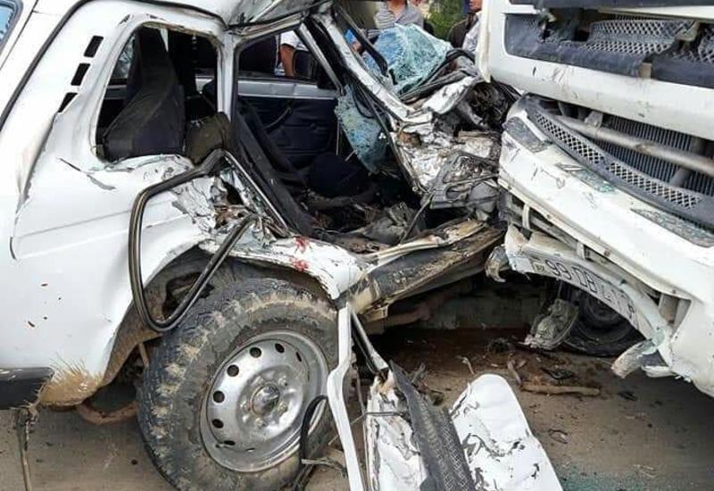 Тяжелая авария в Азербайджане, погибли двое братьев