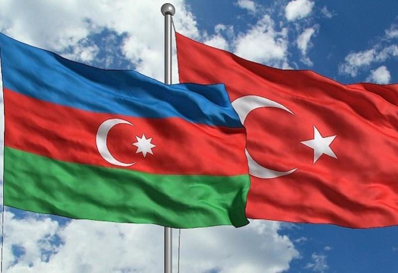 Турция поддерживает Азербайджан в нагорно-карабахском конфликте