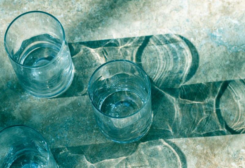 Все хотят пить щелочную воду.