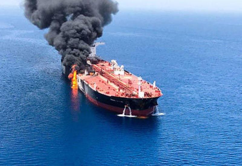 ABŞ: İran tankerləri batırmağa çalışıb