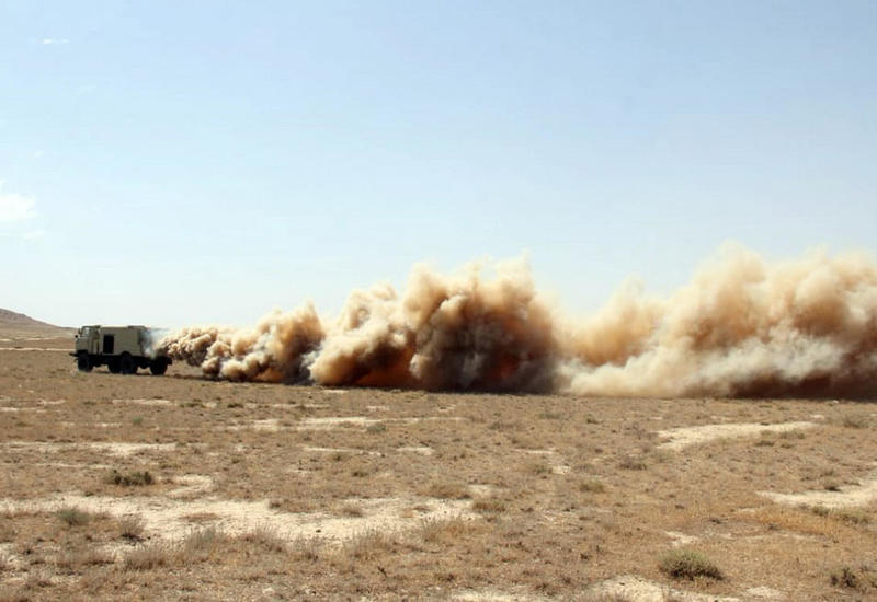 Азербайджанские военные провели химическую разведку