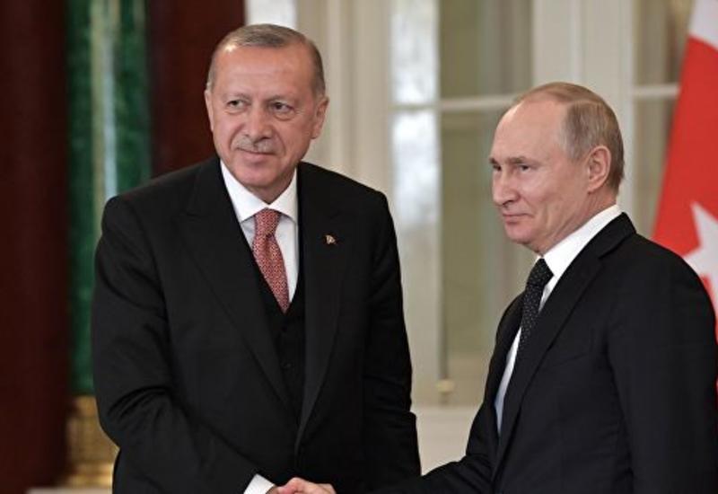 Путин и Эрдоган провели короткую беседу на ногах
