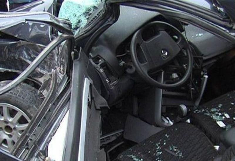Yevlaxda qəza: sürücü öldü
