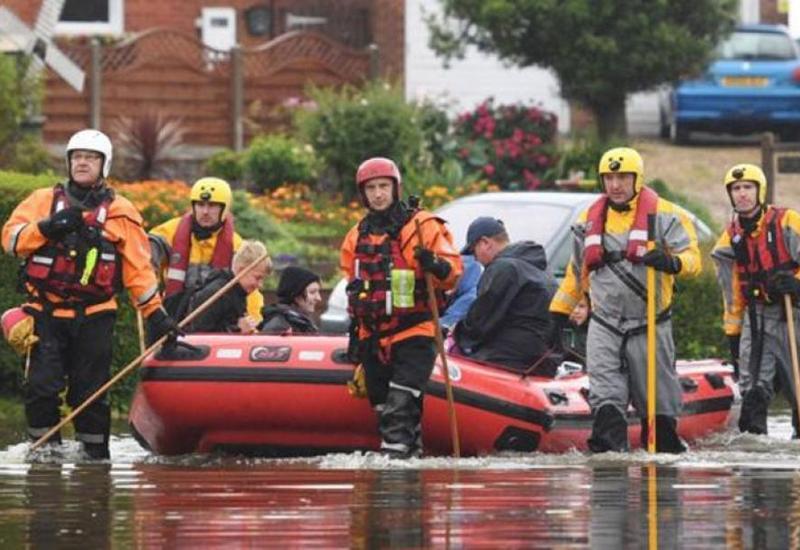İngiltərədə daşqınlar: 580 sakin evakuasiya edilib
