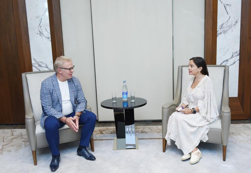 Вице-президент Фонда Гейдара Алиева Лейла Алиева встретилась с Вячеславом Фетисовым
