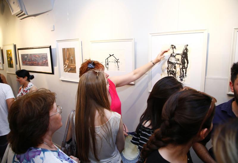 В Баку проходит выставка «-13» Назима Шаха