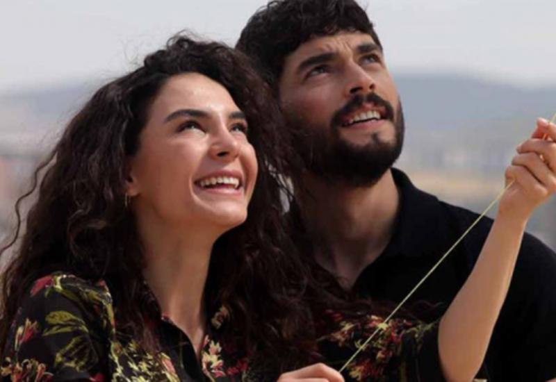 """Reytinq rekordları qıran """"Hercai"""" serialında ŞOK AYRILIQ"""