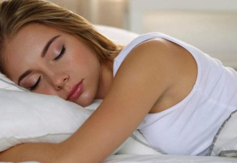 Gözəl görünmək üçün nə qədər yatmaq lazımdır?