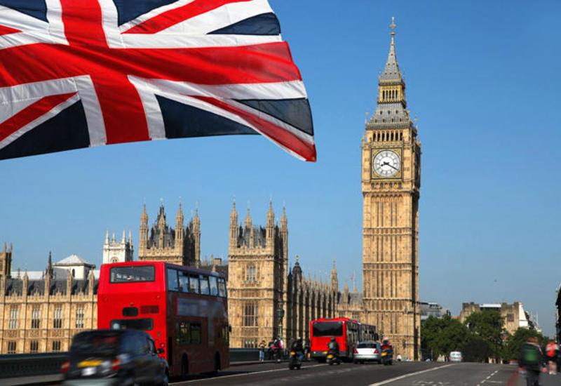 Кандидаты в британские премьеры ведут переговоры об объединении сил