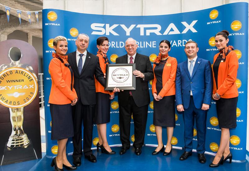 Президент AZAL Джахангир Аскеров принял участие в работе авиасалона Paris Air Show 2019