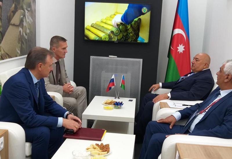Азербайджан и Россия обсудили сотрудничество в сфере оборонной промышленности