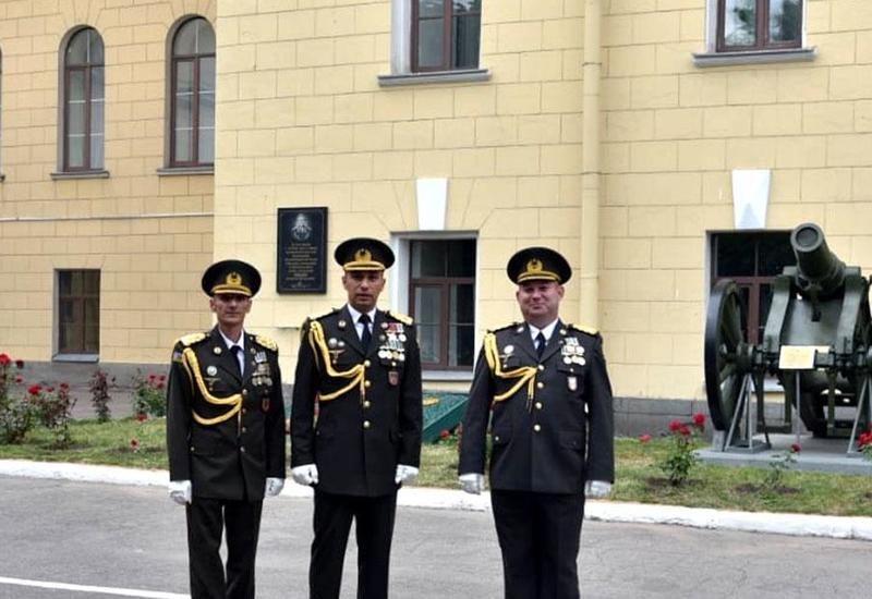 Азербайджанские офицеры окончили Военную академию в России с золотой медалью и красными дипломами
