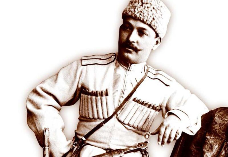 Как в Азербайджане появилась военная форма