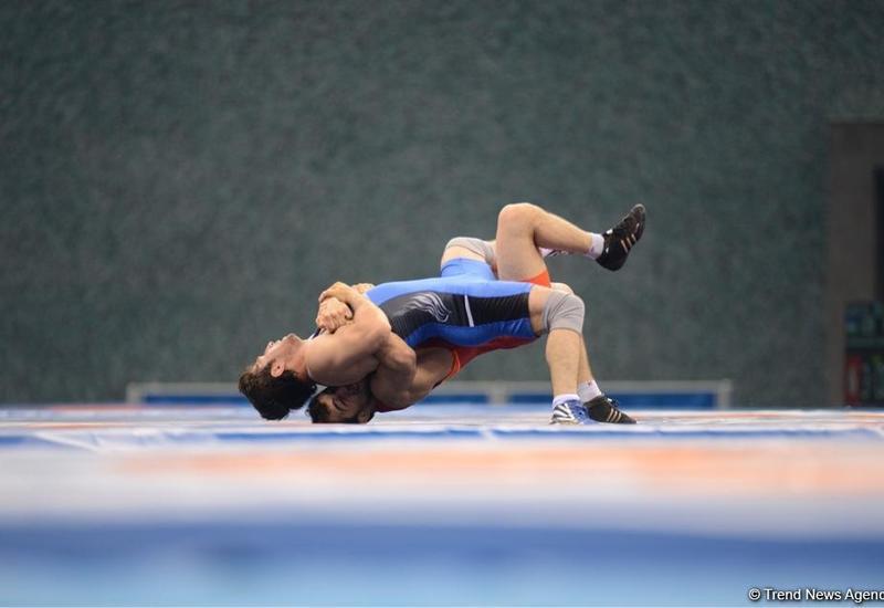 Два азербайджанских борца вышли в полуфинал II Евроигр в Минске
