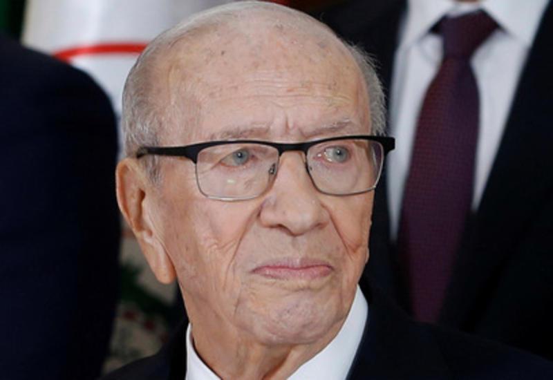 Президент Туниса оказался на грани смерти