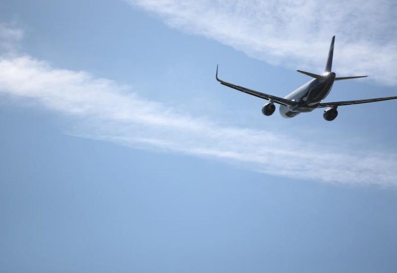 В Лондоне вынужденно сел самолет из-за сообщения о бомбе