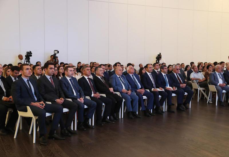 """В Азербайджане стартовал второй этап проекта """"Социальные сады"""""""