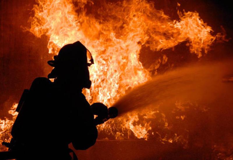 На центральном рынке в Кюрдемире произошел сильный пожар