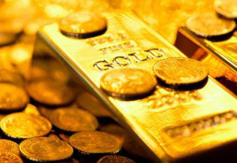 Золото дорожает на усилении геополитических рисков из-за новых санкций США к Ирану