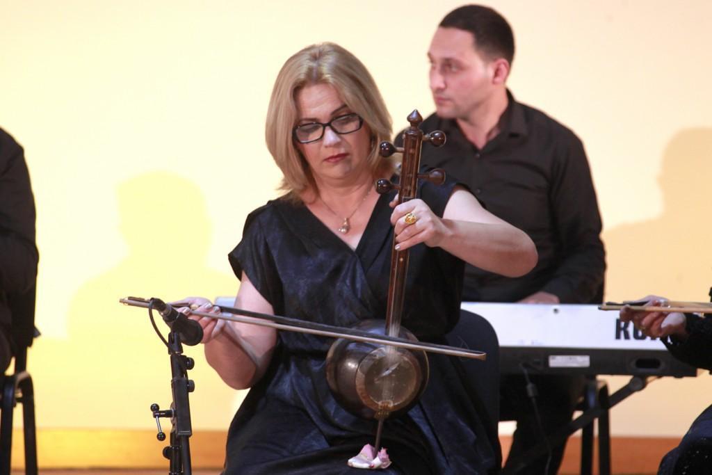 В Шеки прошел концерт фольклорного ансамбля