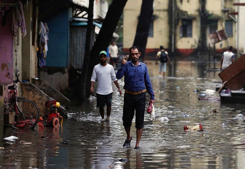 Сильные ливни в Индии унесли жизни более 15 человек