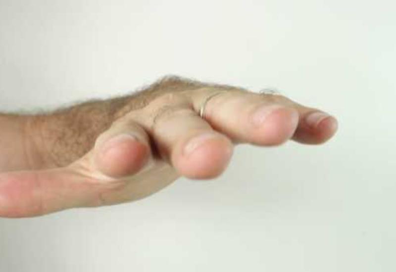 Очемсигнализируют трясущиеся руки?