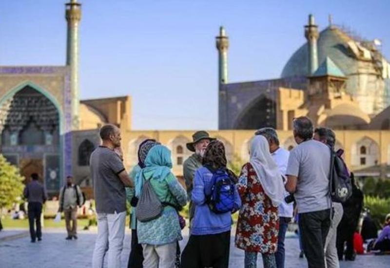 Иран перестал ставить штамп в паспорта азербайджанских туристов