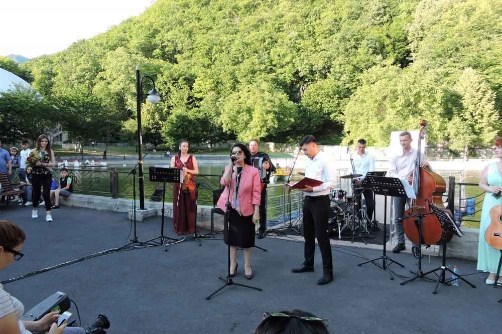 В Шеки прошел концерт российского квинтета No Indifference