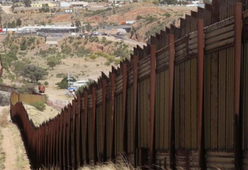 Суд в США не разрешил Трампу строить стену на границе с Мексикой