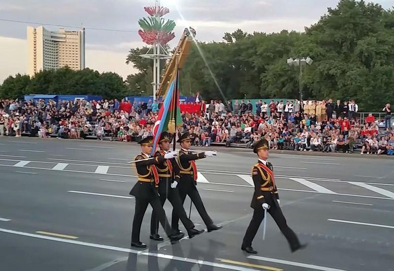 Азербайджанские военные на параде в Минске