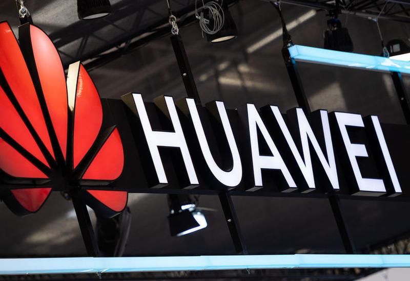 """Huawei может представить свою """"операционку"""" в августе"""
