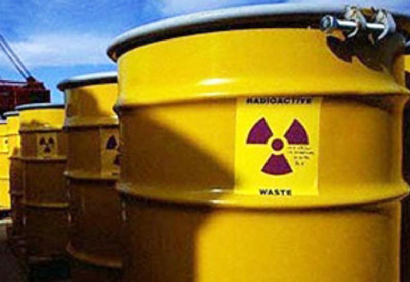 Индонезия обязала иностранные компании вывести контейнеры с токсичными отходами